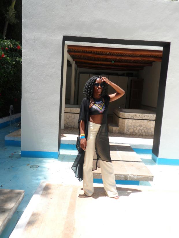 poolside-mexico